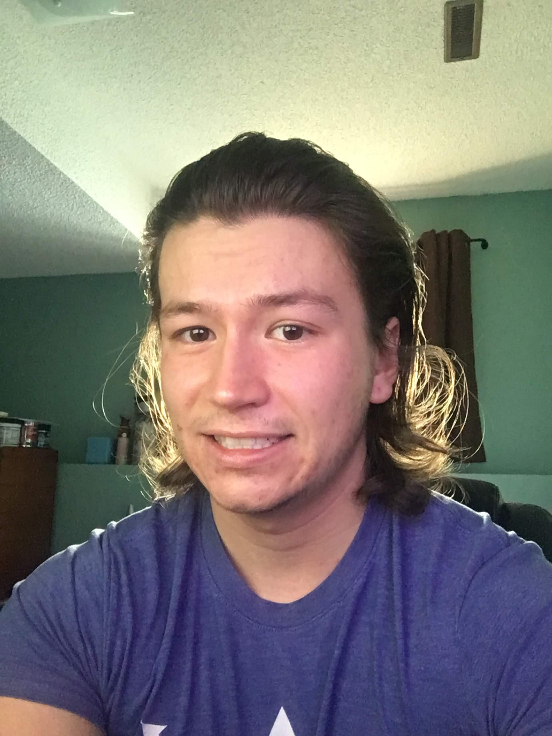 Pousse de cheveux par mois homme