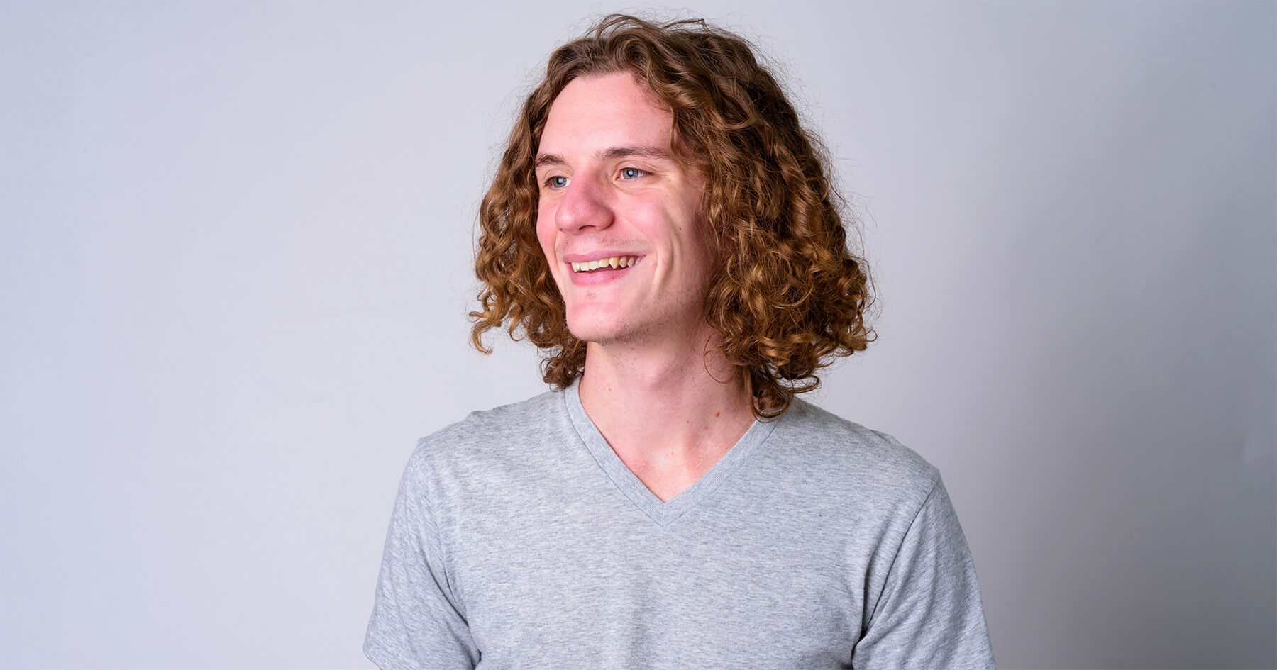 Long Curly Hair And The War On Frizz 4 Rules For Men With Curls