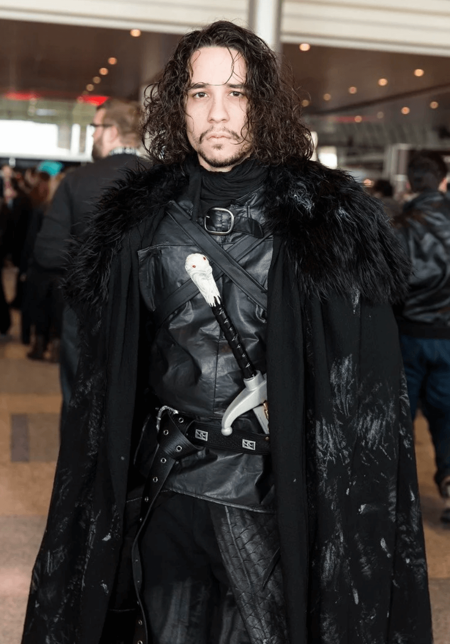 Halloween Costumes For Men With Long Hair - Jon Snow