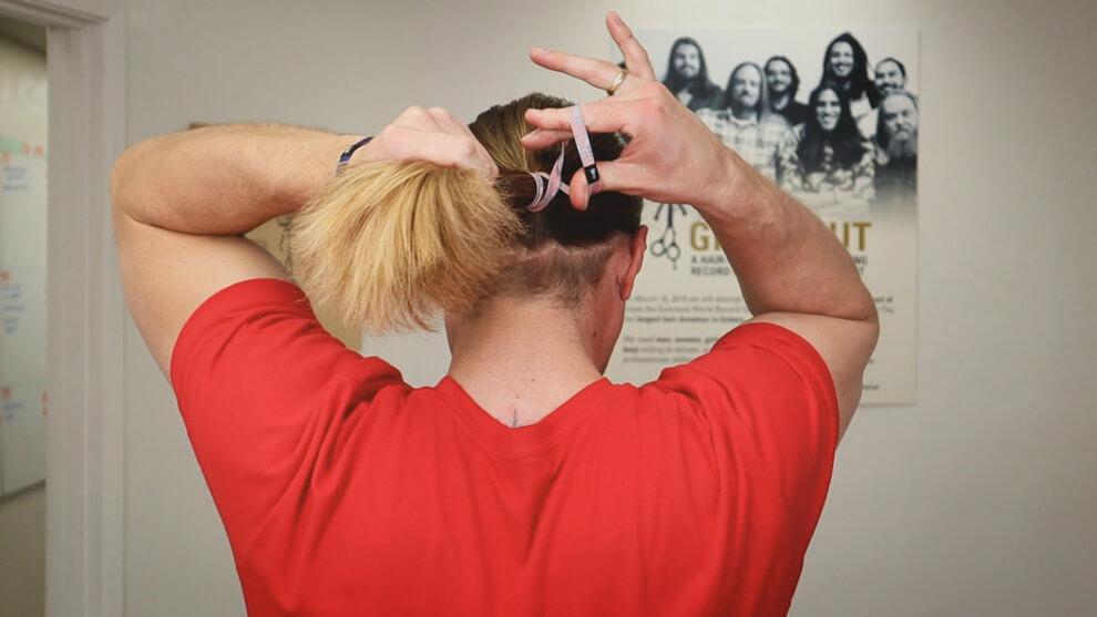 El Rubio sur Comment attacher vos cheveux pour les hommes